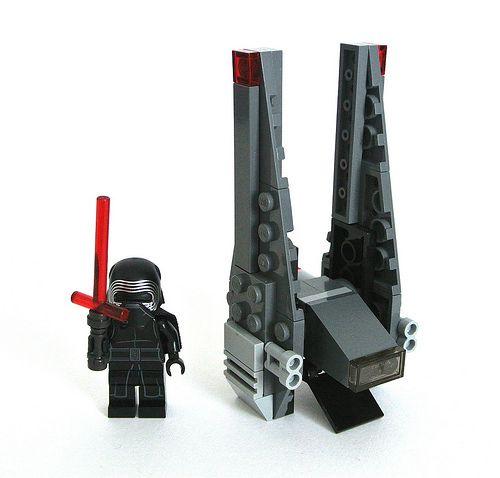 Lego Star Wars 30279 Kylo Ren S Command Shuttle Review Kylo Ren Command Shuttle Lego Star Wars Sets Star Wars Set