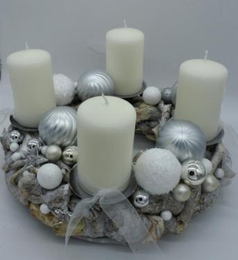 Adventskranz Kranz Advent Kerzen weiß silber