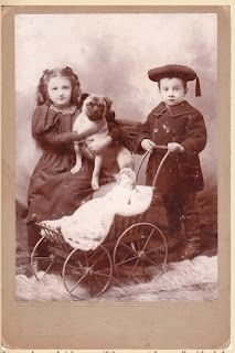 Doctor Barkman Speaks: PUG HISTORY AND VINTAGE PHOTOGRAPHS