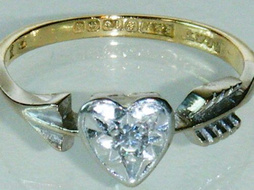 Fine 18K Gold and Platinum Vintage Diamond Heart Ring Size J
