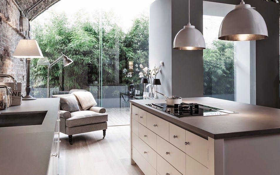 Cocina abierta al jardín modelo Limehouse. NEPTUNO Estilo industrial ...