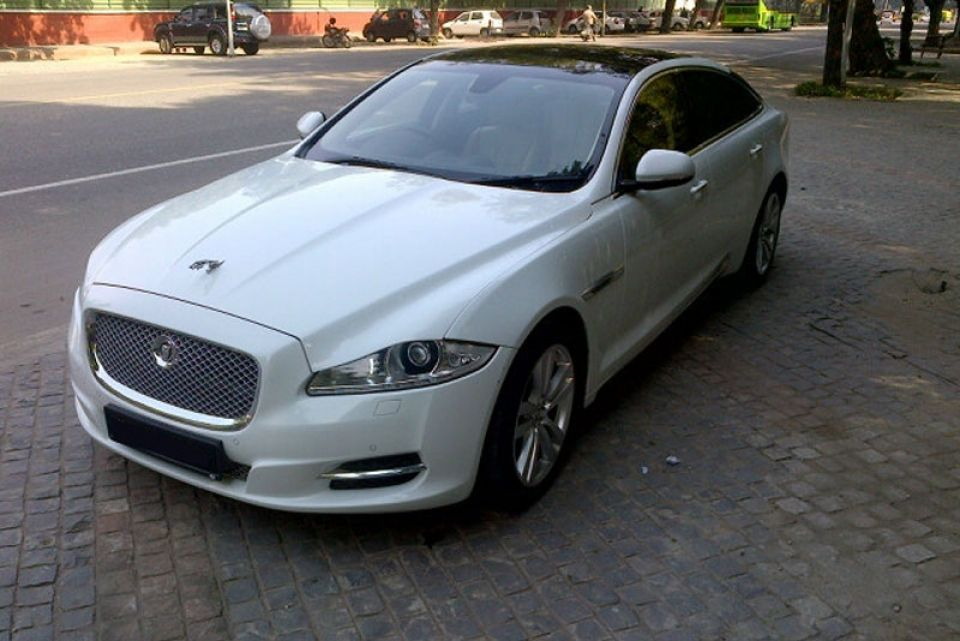 Http Www Punjabcarhire Com Self Drive Html Html Luxury Car Rental Available On Self Drive Jaguar Xjl Car Rental Luxury Car Hire