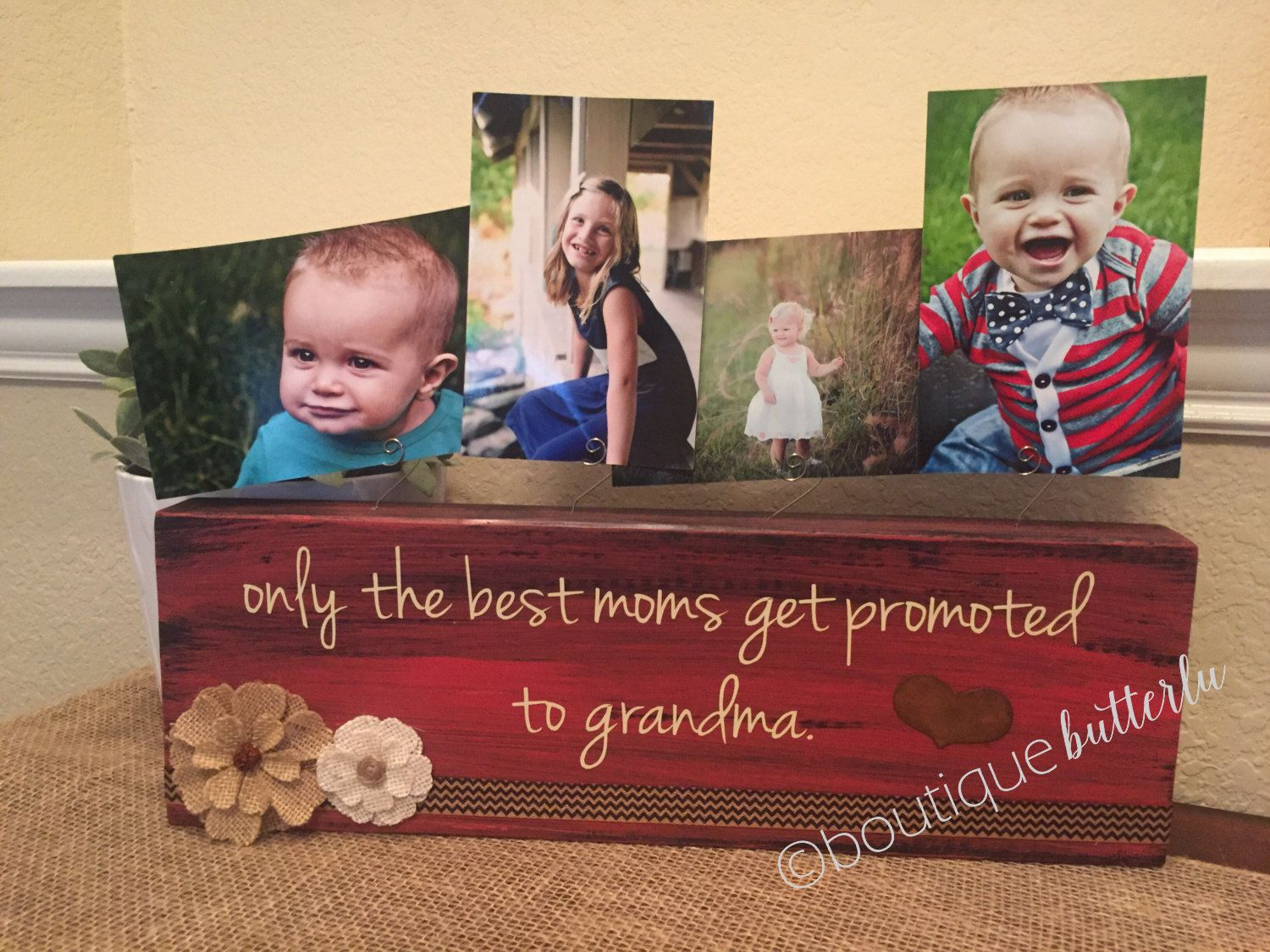 The Best Moms Get Promoted To Grandma Personalized Picture Frame