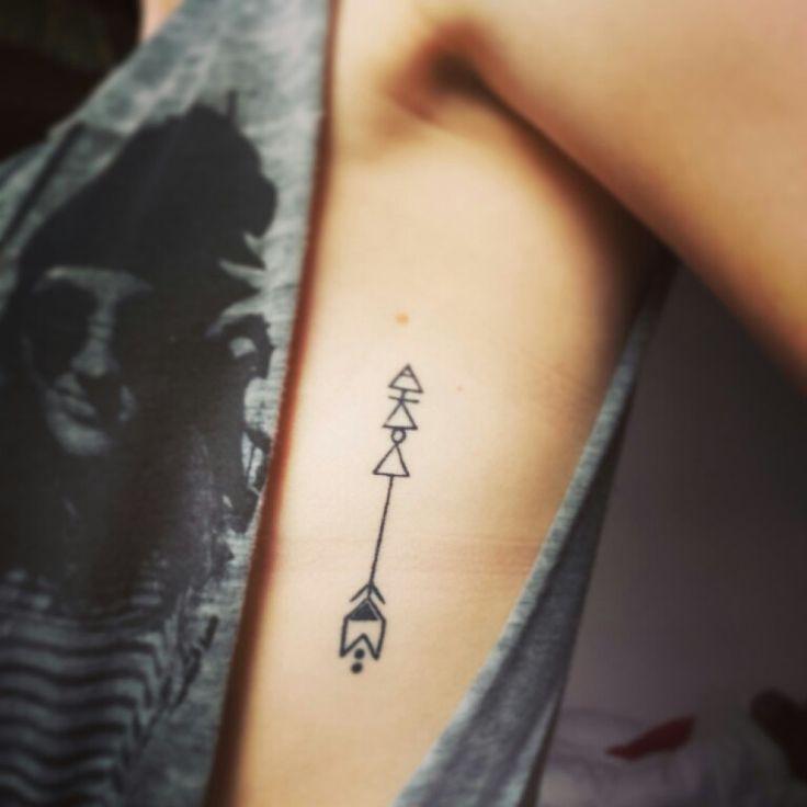 tattoo+pequena+na+costela.jpg (736×736)