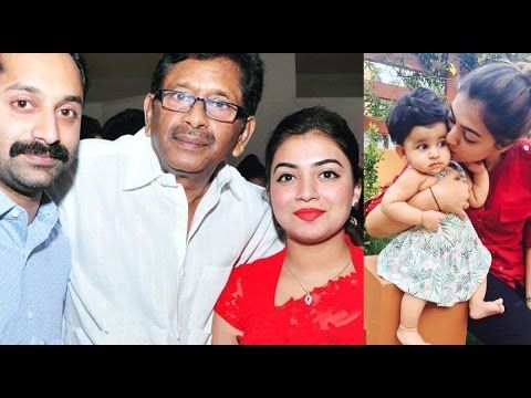Actress Nazriya Nazim with Family and Friends (With images)   Family  photos, Actresses, Photo