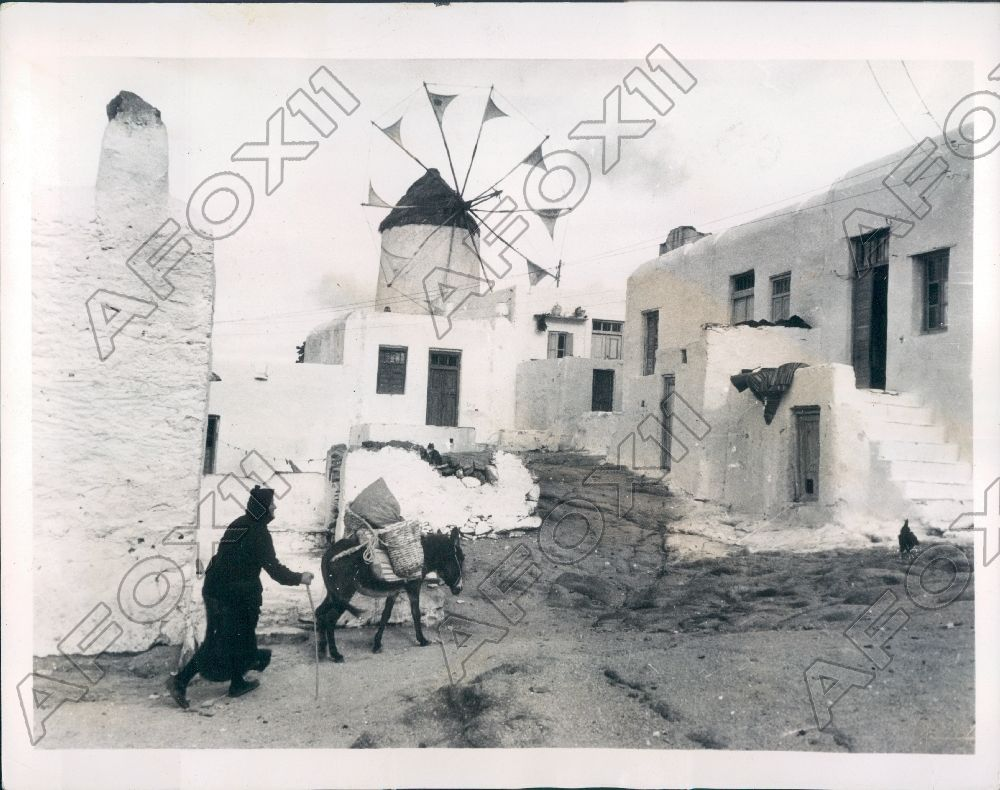 1936 Island of Mykonos Greece Retains Archaic Customs of Long Ago Press Photo