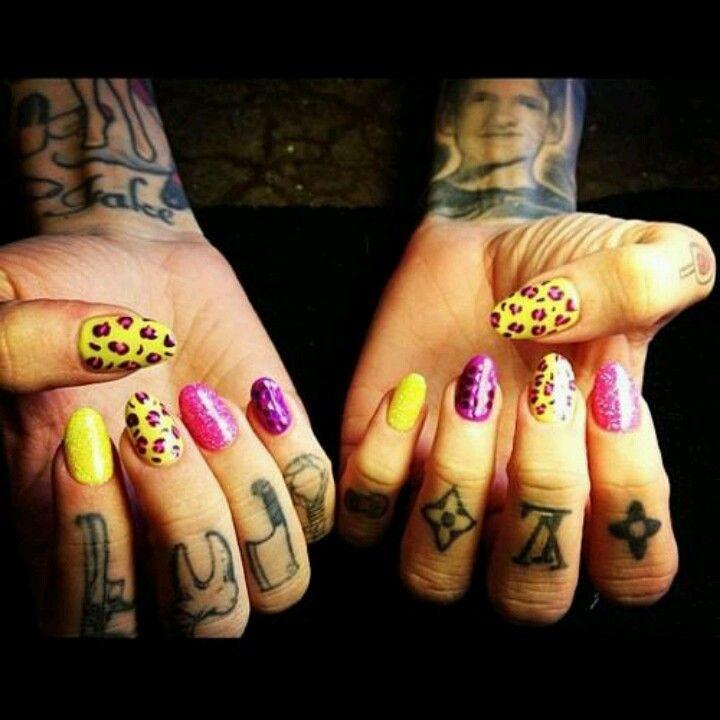 Jeffree star wild cheetah and glitter nails | Fabulous | Pinterest ...