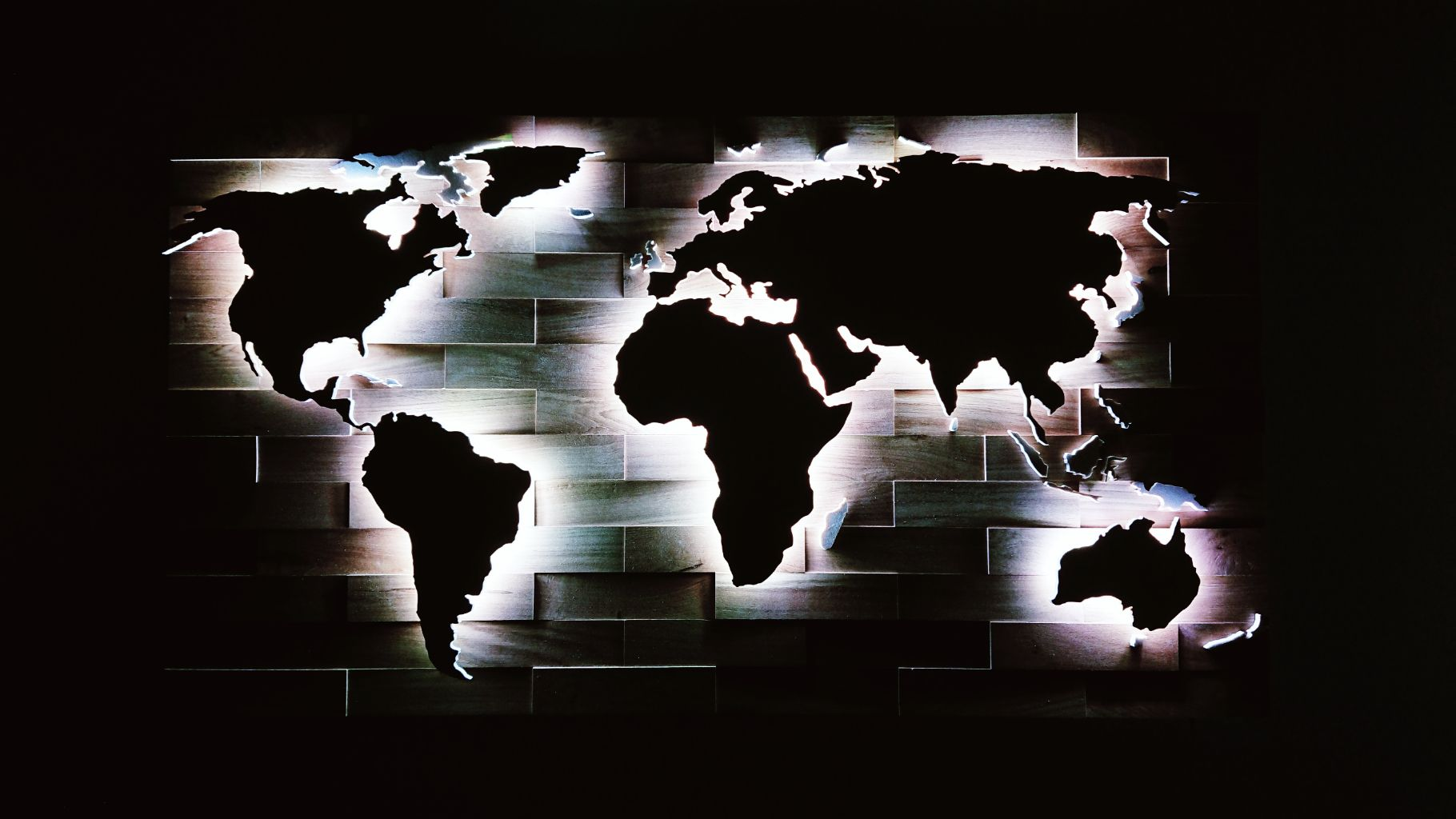 Weltkarte Aus Holz Mit Landergrenzen Led Beleuchtung Nacht Weltkarte Aus Holz Weltkarte Led Beleuchtung