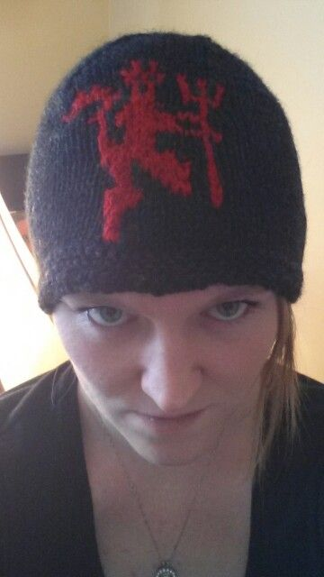 Manchester United red devils knit toque. | Stuff for the Guy | Pinterest