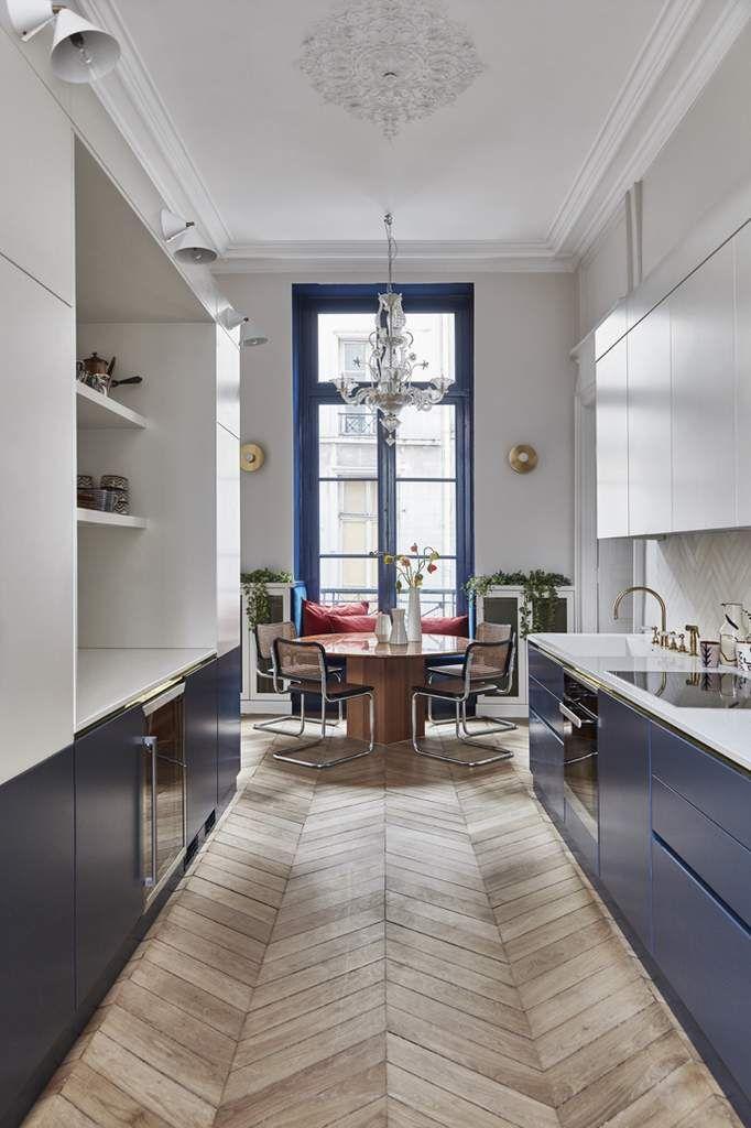 Une agence trois int rieurs trois styles cuisine - Refaire sa cuisine rustique en moderne ...