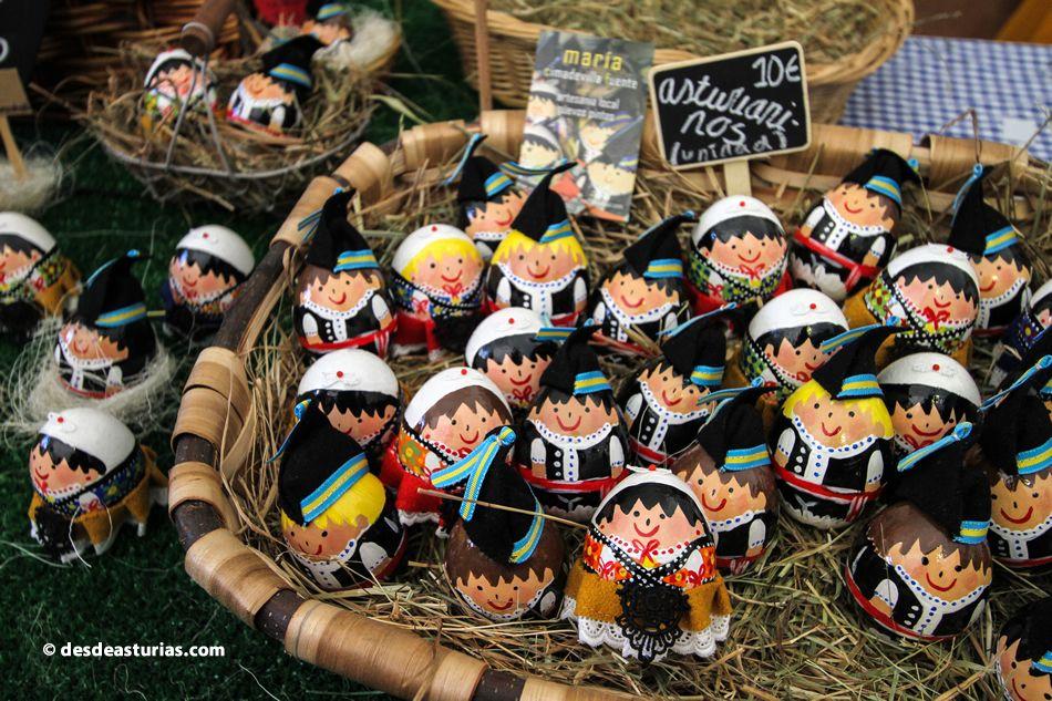 Fiesta de los Huevos Pintos Pola de Siero Asturias
