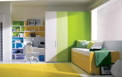 Farbgestaltung Fürs Jugendzimmer U2013 100 Deko  Und Einrichtungsideen   Grün  Gelb Jugendzimmer Bett Schreibtisch Farbkombination