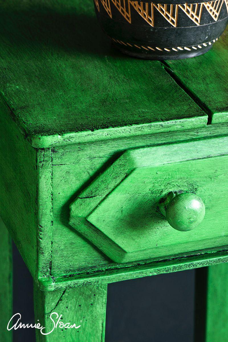 Antibes Green Chalk Paint By Annie Sloan Pintura A La Tiza Cera Oscura Pintura De Tiza Negra Pintura De Tiza Blanca