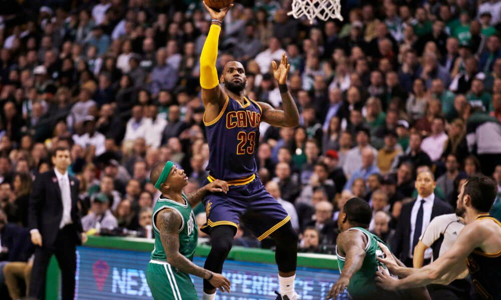 Cavaliers turned Celtics into pretenders Wednesday = Ahead of Wednesday's beat down by the Cleveland Cavaliers, Boston Celtics point guard Isaiah Thomas said his team was approaching the game like it was any other. Well, the Cavaliers must have missed that memo. The Celtics might have been contending for the No. 1 seed in the Eastern Conference, but they didn't…..
