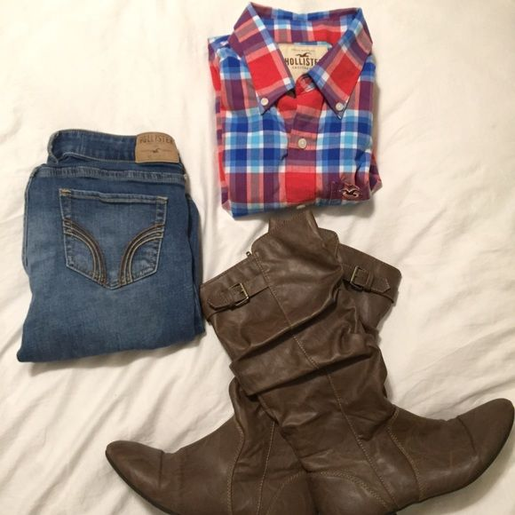 Hollister Red Plaid Very cute Hollister red white and blue plaid. Pretty thick and comfortable. No flaws Hollister Tops
