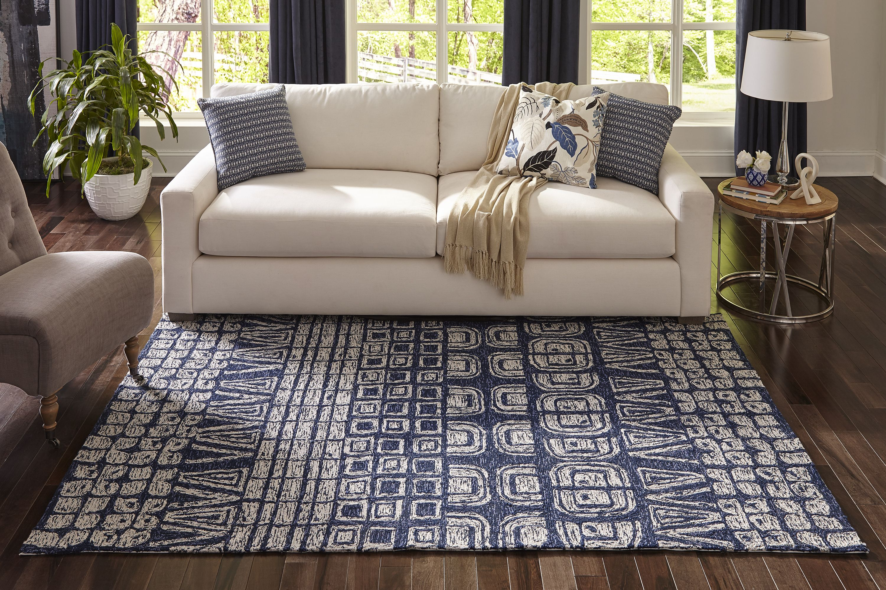 Choosing The Right Size Rug Living Room Spaces Rugs In Living Room Living Room Spaces Apartment Decor
