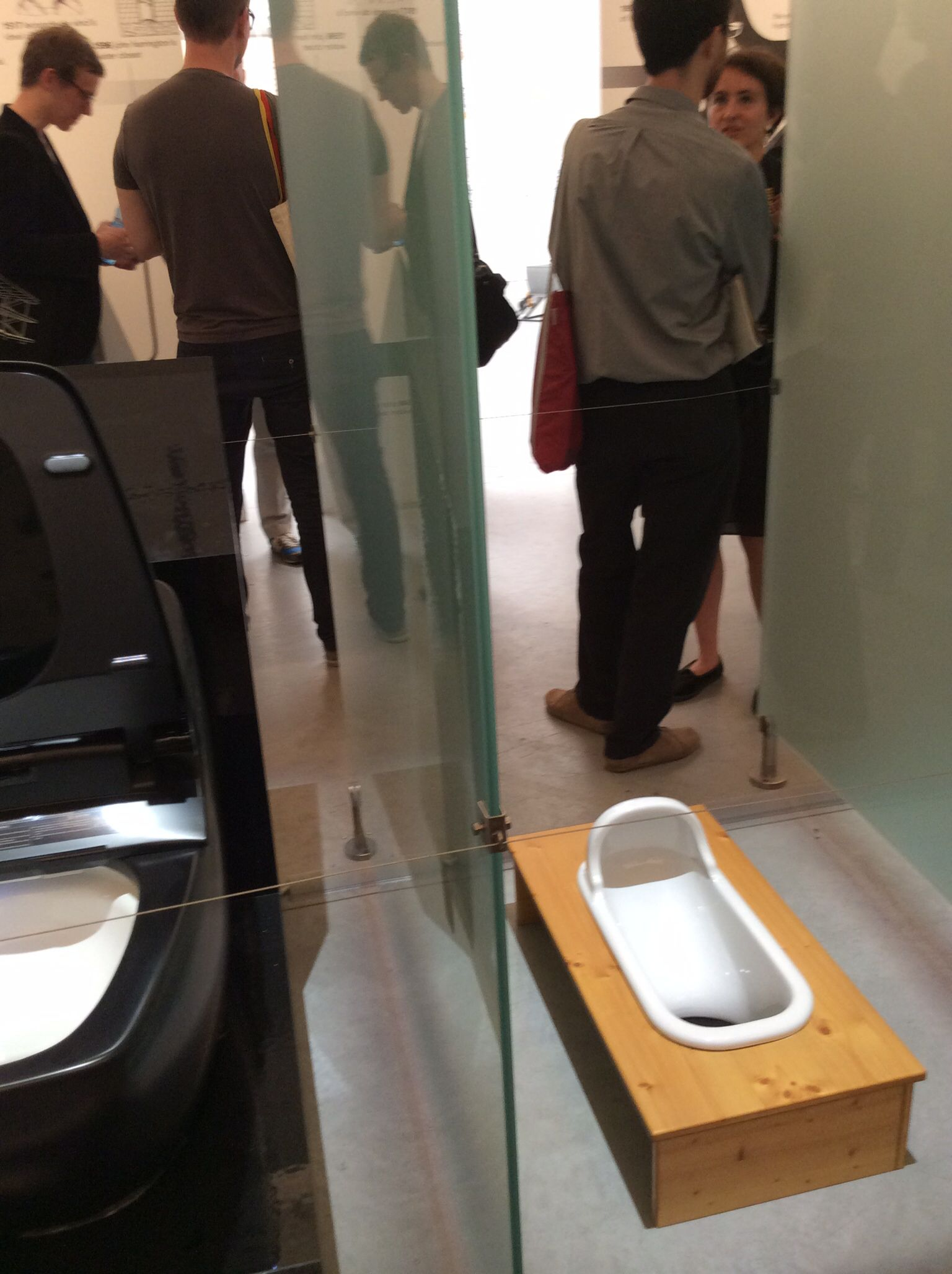 Biennale Architettura 2014, Foundamentals by Koolhaas, gabinetti dal '700 a oggi