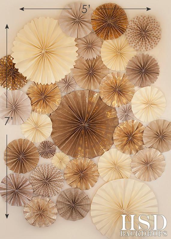 Gold Pinwheels | Photo backdrop birthday, Photo backdrop ...