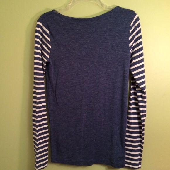 50f95a37b63f31 Gap long sleeve shirt Gap The Bowery super soft long sleeve t shirt in size  Medium Tall. GAP Tops Tees - Long Sleeve