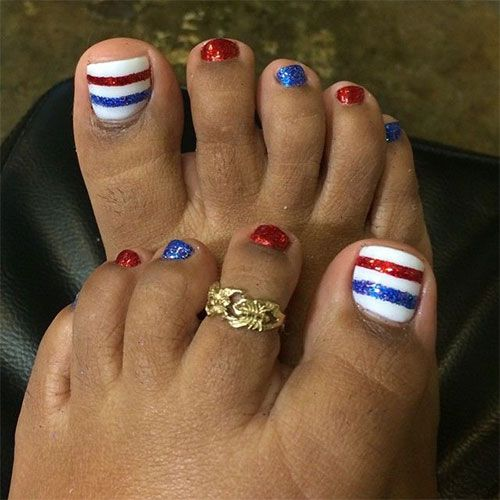 Ten Cute Fourth Of July Toe Nail Art Designs Suggestions Trends Stickers 2015 4th Of July Nails Nail Design Summer Toe Nails Pedicure Nails July Nails