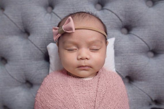 Ivory headband for newborn baby girl, ivory linen baby girl hair bow, New baby girl gift, welcome to the world, Newborn baby bow headband, #babygirlhairstyles