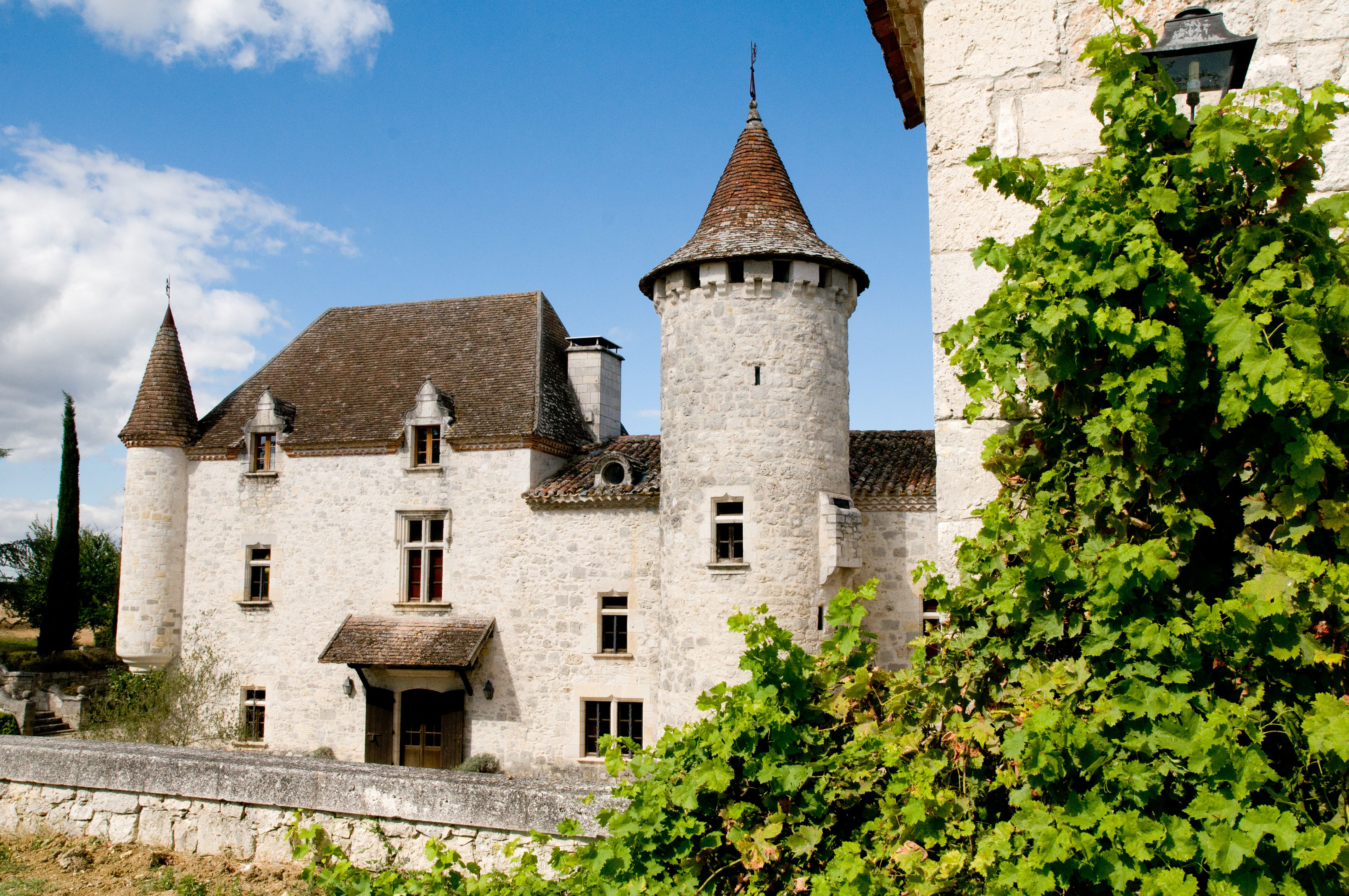 category wedding venues france