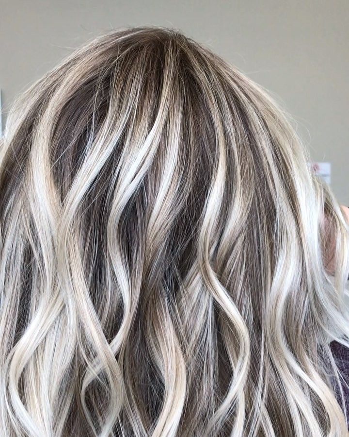 "CATHERINE LONG • MICHIGAN on Instagram: ""When �Dark compliments Light � ...... . ��SWIPE right to see her before pic. @oligopro cool tone 20 vol moving up to 30 vol for my last…"""