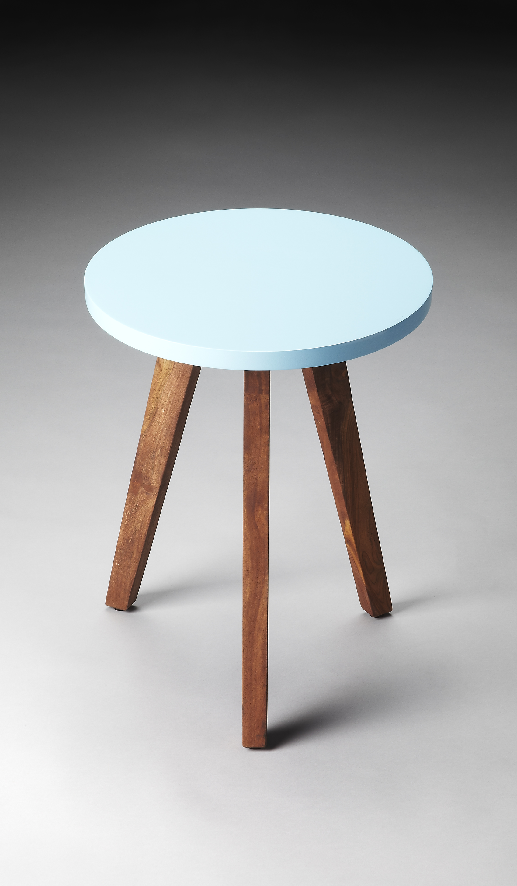 Contemporary side table with three wooden legs