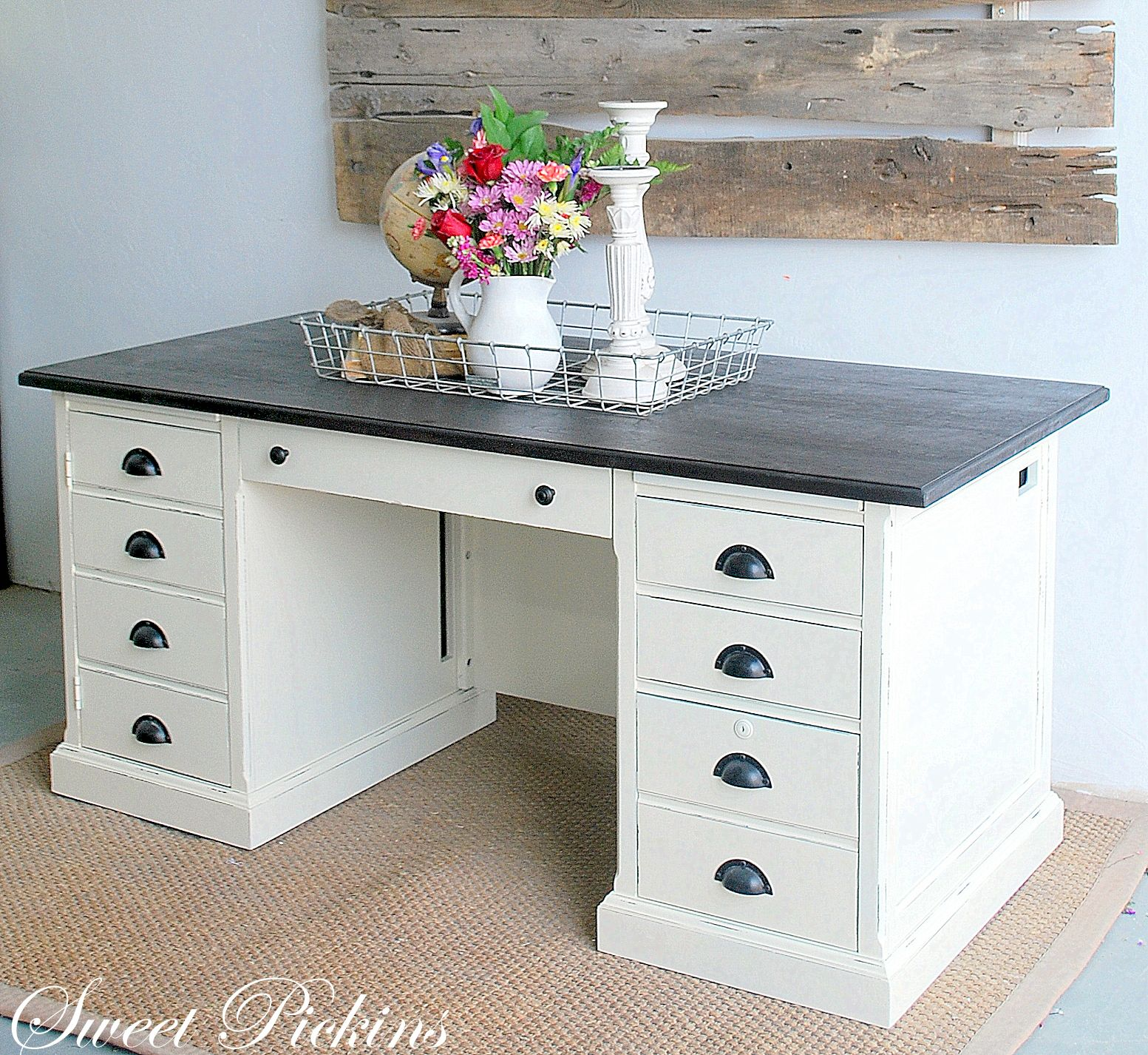 I Have A Desk That Looks Like This, I Just Need To Paint