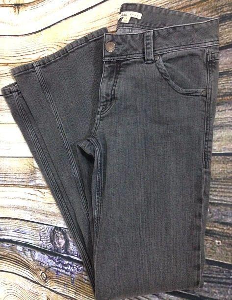 CAbi Jeans #204L Gray Black Wash Denim Size 6 Boot Cut Flap Pockets W32 L33 GUC #CAbi #BootCut