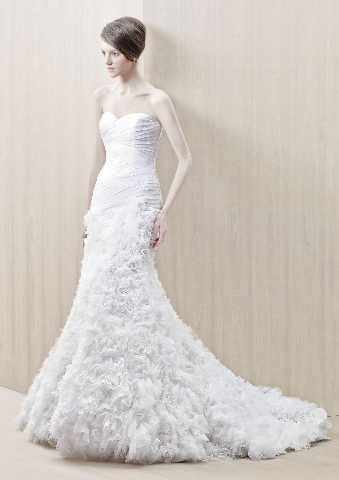 Gloria Wedding Dress   Wedding dress, Recycled bride and Bridal gowns