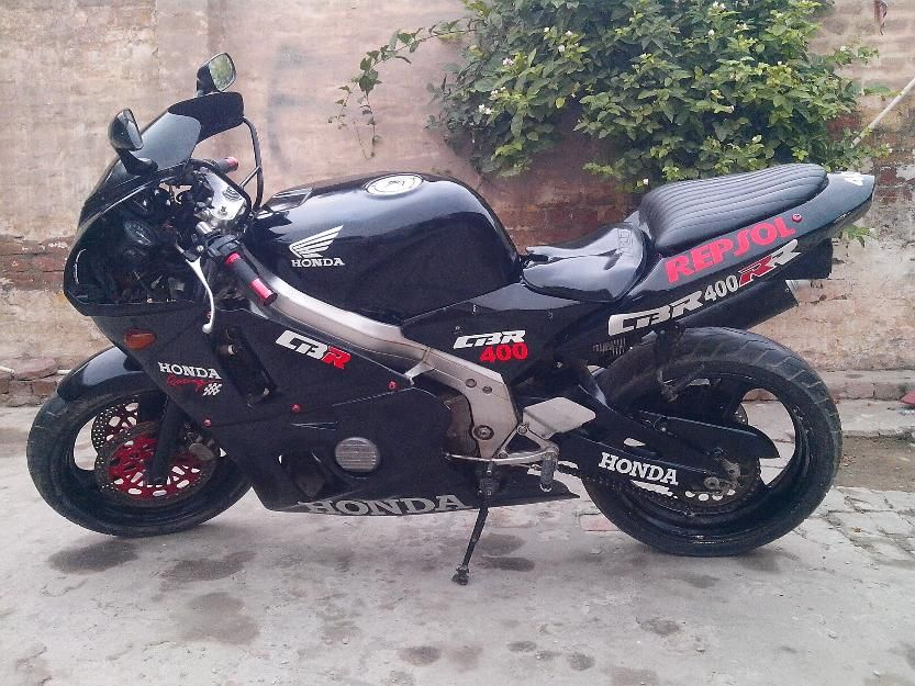Sports Bikes For Sale >> Honda Cbr400rr Sports In Excellent Condition For Sale For
