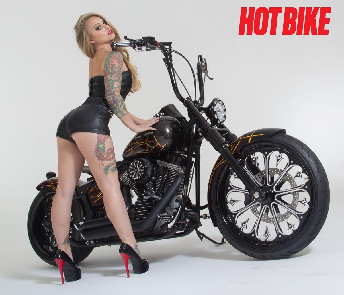 Hot Bike Girls