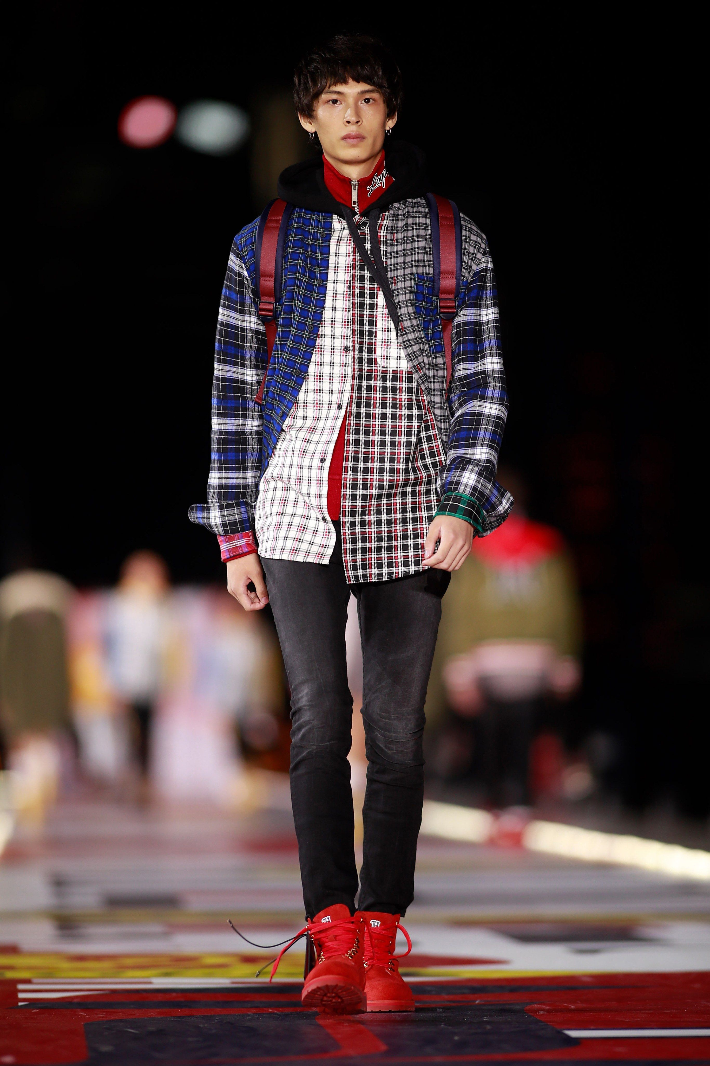 e482696a0 Tommy Hilfiger Fall 2018 Ready-to-Wear Collection - Vogue