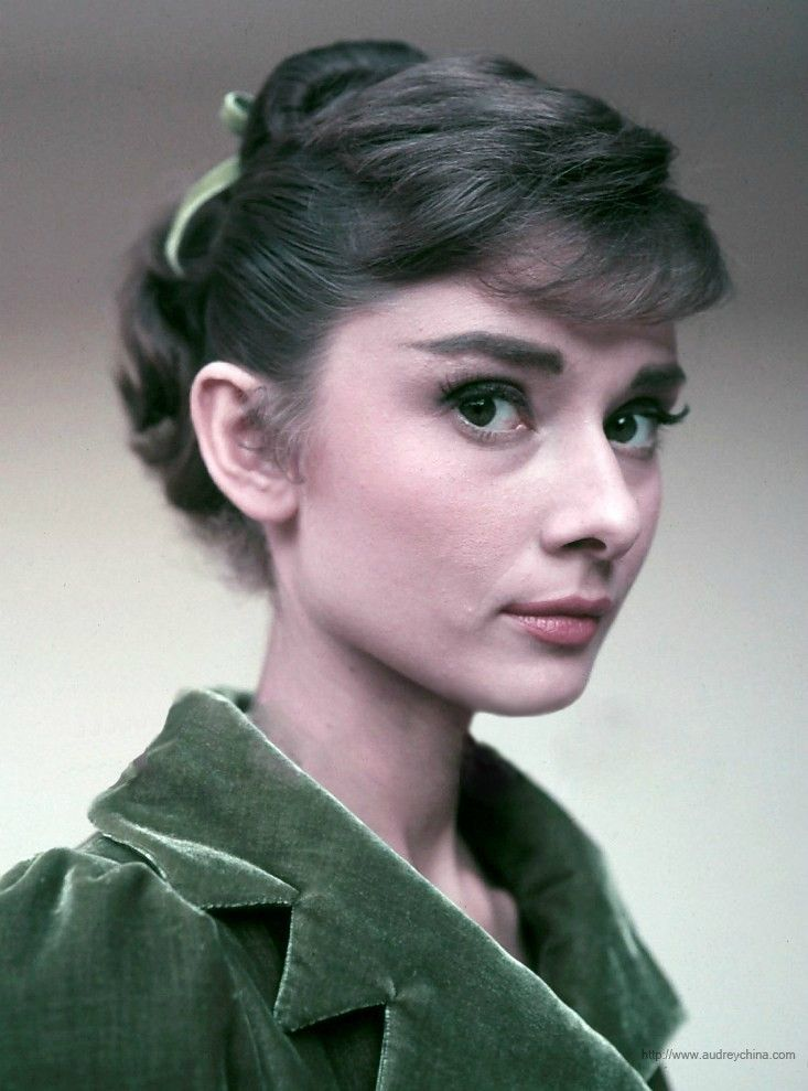 Audrey Hepburn Color Picture Audrey Hepburn Pinterest Audrey