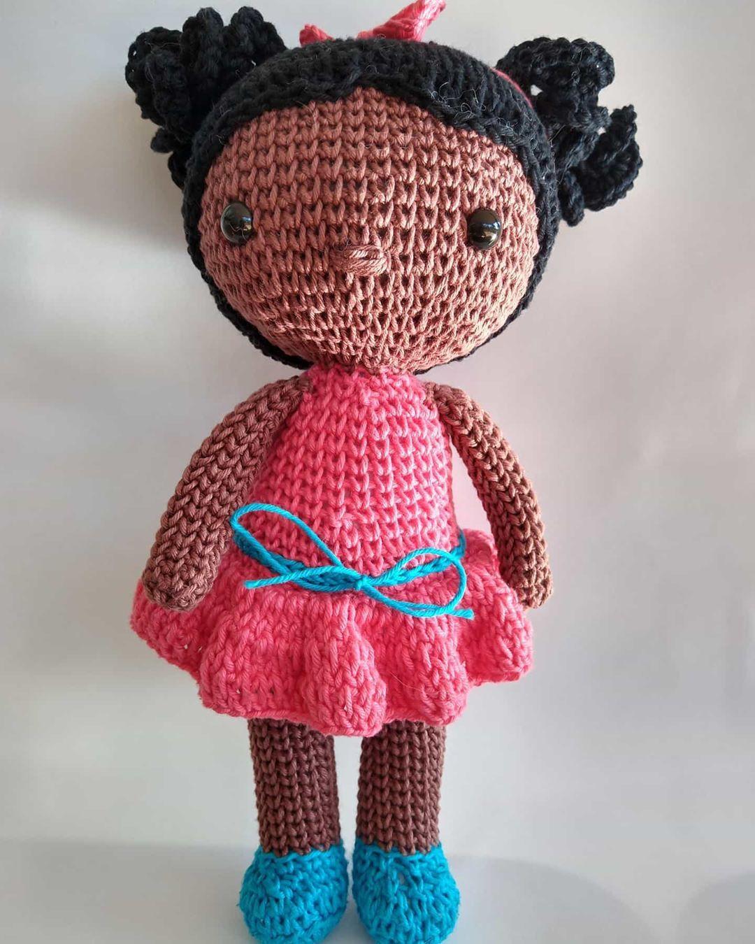 Boneca Chloe amigurumi no Elo7 | Gurumilândia (1143218) | 1350x1080