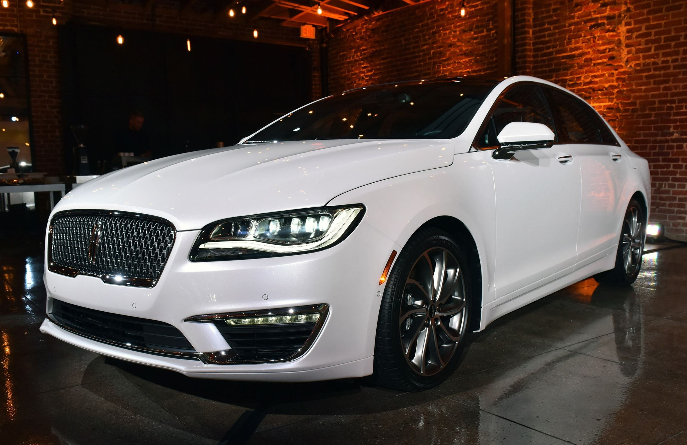 best 25 lincoln mkz ideas on pinterest lincoln mkz 2017 new lincoln cars and lincoln 2017. Black Bedroom Furniture Sets. Home Design Ideas