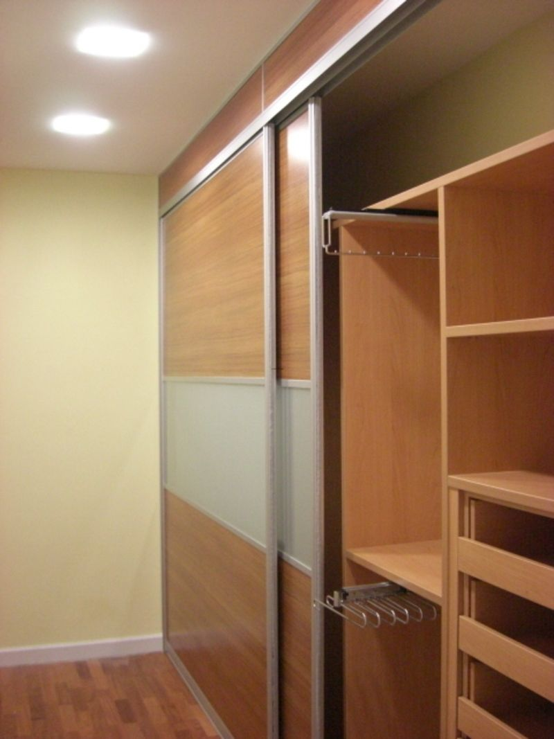 Wardrobe designs for bedroom stylish luxury wardrobe for Contemporary wardrobe designs india