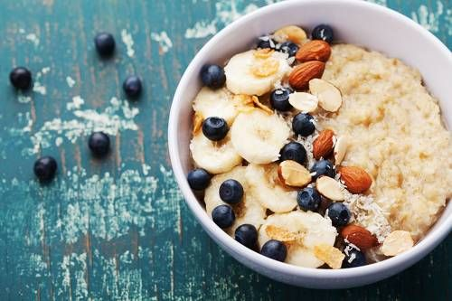 ▷ Porridge: Darum ist Haferbrei das ideale Frühstück