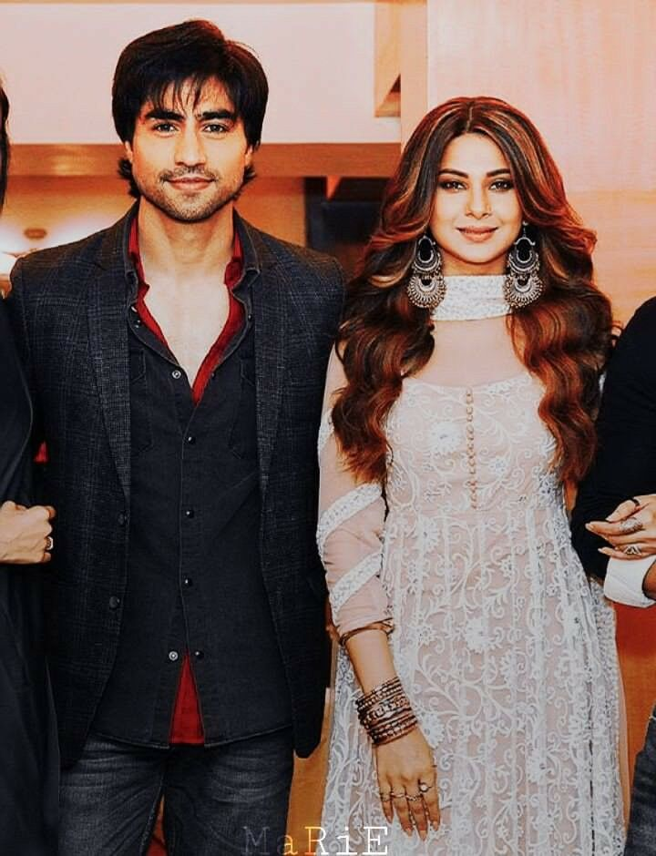 Dont Forget To Watch Upcoming Bepanaah Bepannah Adiya Aditya Zoya Jenshad Jennifer H Jennifer Winget Beyhadh Jennifer Winget Indian Designer Wear