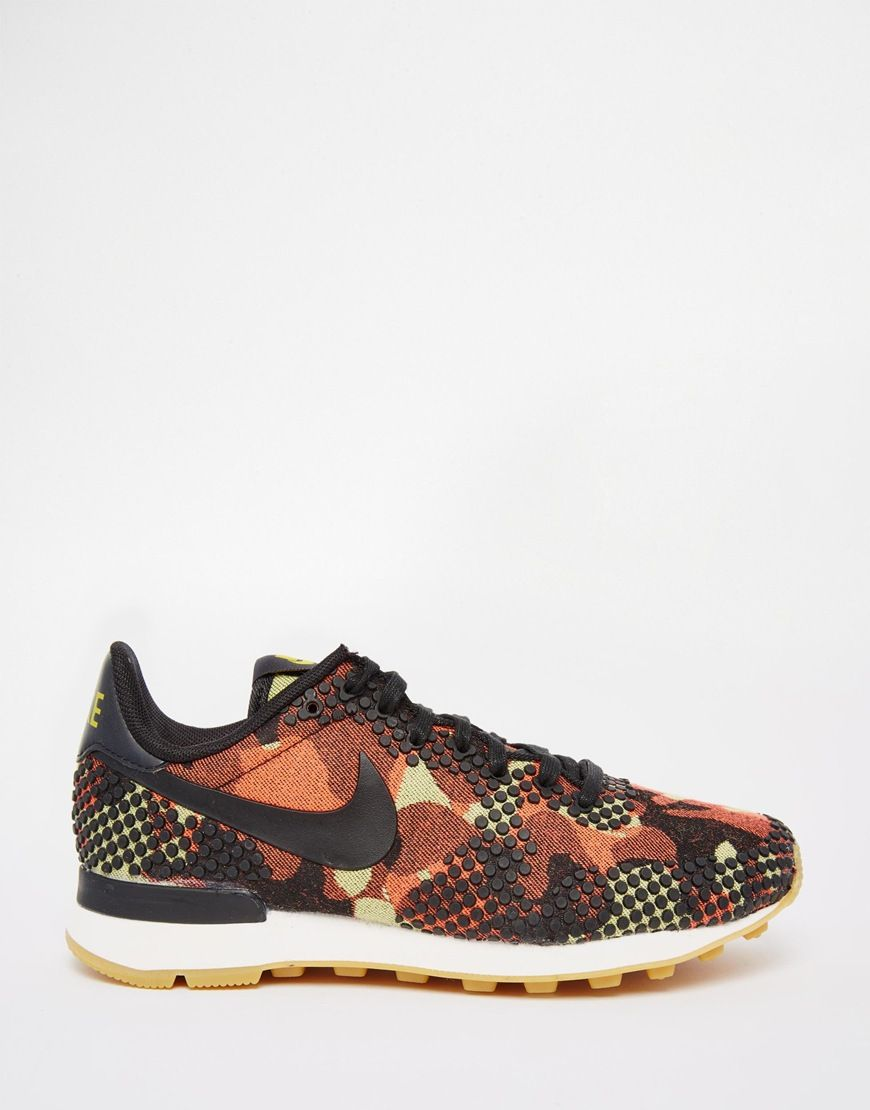 Nike Internationalist Camo Print