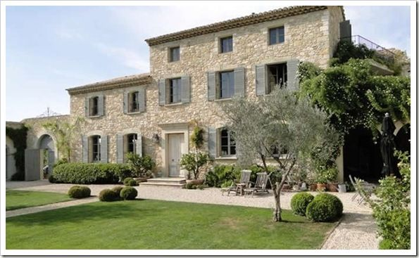 Photo of Luxury-villa-france-provence-Notre-Dame-04