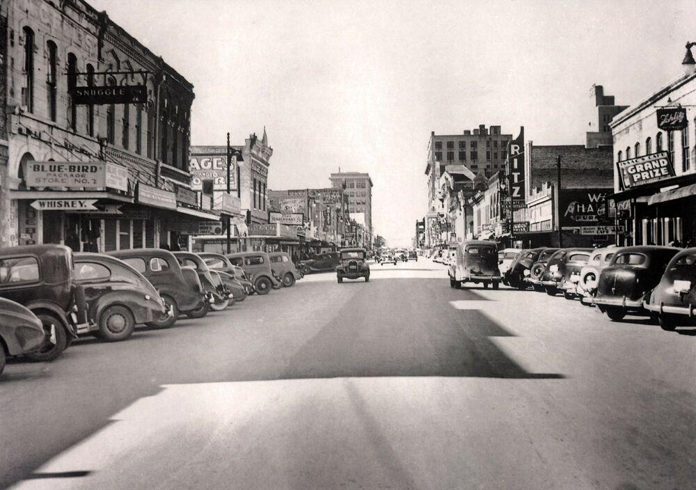 1937 View Austin Texas Sixth Street Old Autos Downtown 24 X18 Vintage Photo Austin Pictures Austin Texas Vintage Austin