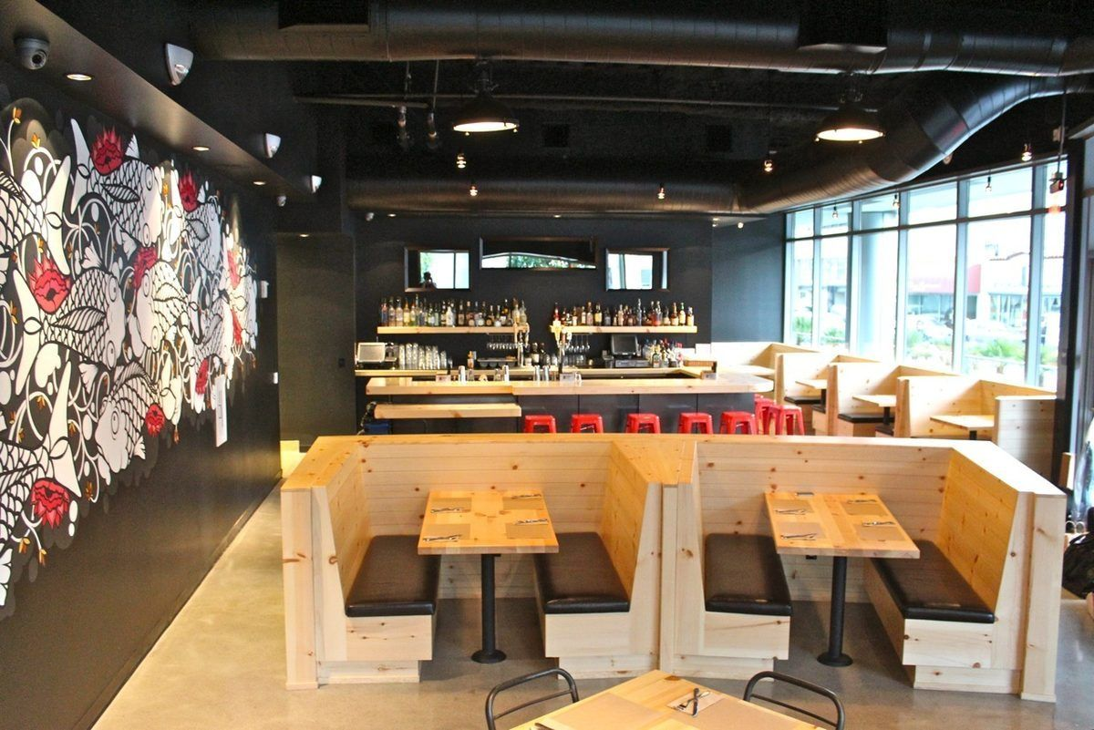 Umami burger sizzling in oakland burgers interiors and for Interior design oakland