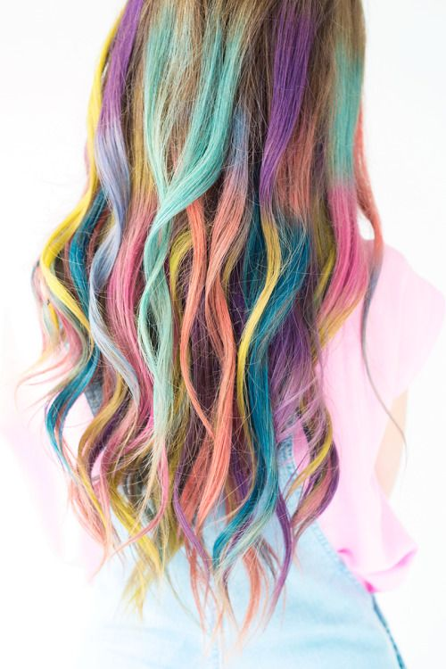 Diy Rainbow Chalk Ombre Hair Tutorial From Studio Diy This D True Blue Me And You Diys For Creative People Summer Hair Trends Hair Chalk Hair Styles