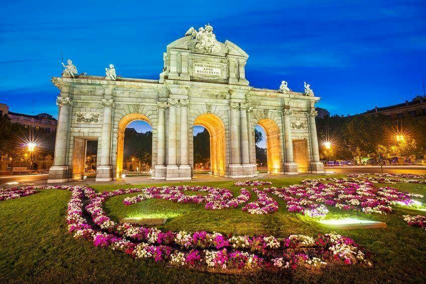 Para Recordar Una Noche De Primavera En La Puerta De Alcala