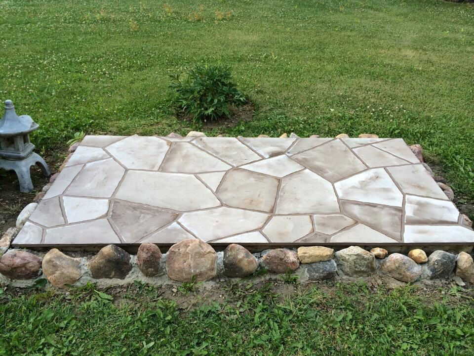 painted flagstone for cover to septic tank