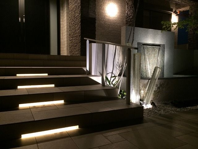 目と耳で心を癒す。光と水の音色が奏でるやすらぎ空間。 #lightingmeister #pinterest #gardenlighting #outdoorlighting #exterior #garden #light #house #home #sight #hearing #healing #tone #water #peace #視覚 #聴覚 #癒し #音色 #水 #光 #やすらぎ #家 #庭 #照明 Instagram https://instagram.com/lightingmeister/ Facebook https://www.facebook.com/LightingMeister