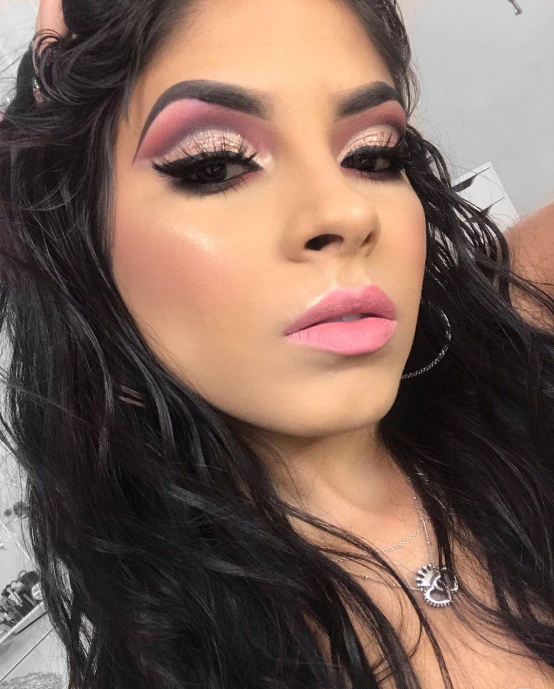 natural makeup Liquid eyeshadow, Eyeshadow, Natural makeup