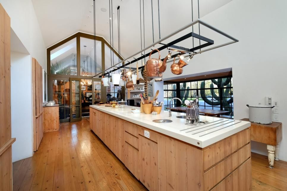 99 Beautiful Kitchen Islands From Top Designers